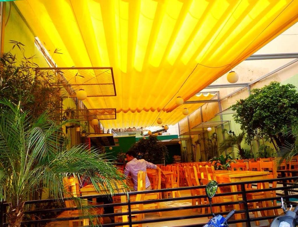 Mái xếp di động quán cafe